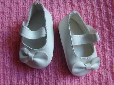 Baby clothes GIRL premature/tiny/doll 5-7.5lb/2.3-3.4k white bow strap shoes 7cm