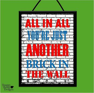 """PINK FLOYD /""""ANOTHER BRICK IN THE WALL/"""" WOOD POSTER PLAQUE//SHABBY CHIC SIGN*MUSIC"""