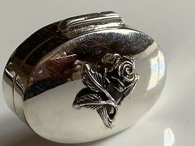 Heavy Stunning Solid Sterling Silver Protruding Rose Box / Snuff / Pill 16.6g