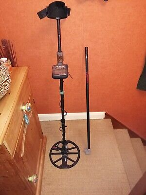 Minelab Equinox 800/600 top one Piece Gloss Carbon shaft, Shaft and lock only.