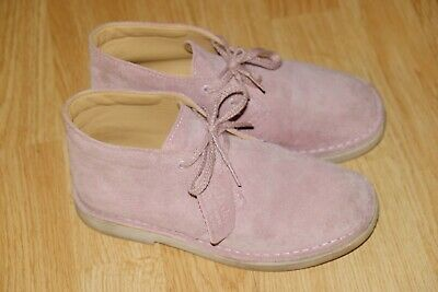 Clarks Originals Pink real Suede girls boots/shoes size 1/33 G Used twice