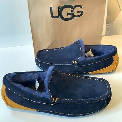 7486189fe2c UGG MENS BAILEY Navy Denim Moccasin Slippers Size 18 - $39.99 | PicClick