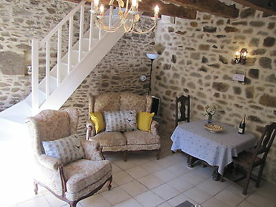 REDUCED - GITE COTTAGE HOLIDAY 2 people  MAY CENTRAL BRITTANY FRANCE £59 a night