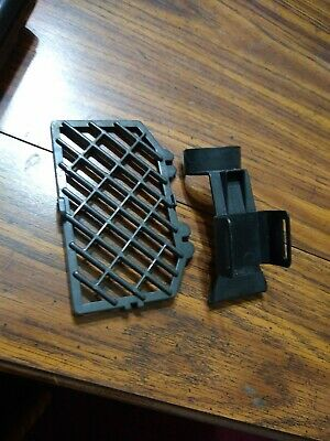 Parts From Hoover Upright Windtunnel  UH30600 Filter door/ brush holder clip