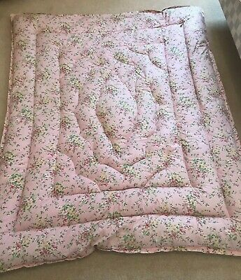 Vintage Feather Filled Single Eiderdown Quilt, Pink Floral Sprigged