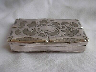 ANTIQUE FRENCH STERLING SILVER SNUFF BOX,LATE 19th CENTURY.