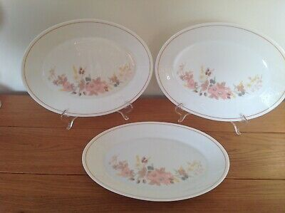 Boots Pyrex Hedge Rose Oval Dinner Plates x 3