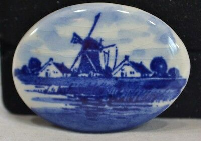 """Vintage Retro SIGNED hoHand White Blue Windmill Detailed Women's 1.5"""" Brooch"""