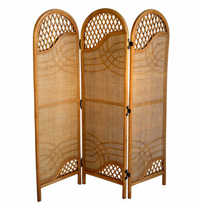 Bedroom Screen Divide In brown Water Hyacinth Props Drama Vintage Retro High end