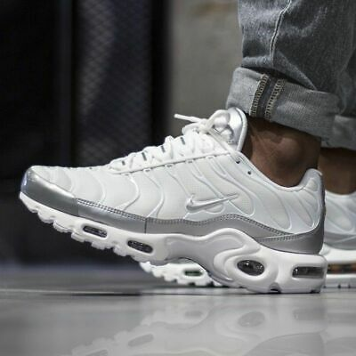 c4561f6bb0 ... 604133-139 Triple White Tuned Air Tn 97 98 Vapormax.