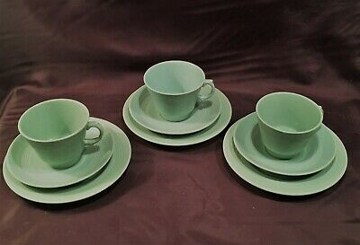 3  x  WOODS WARE BERYL GREEN  TEA / COFFEE CUPS & SAUCERS AND PLATES  WWII 1950s