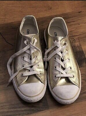 Converse trainers size 2UK Color Gold