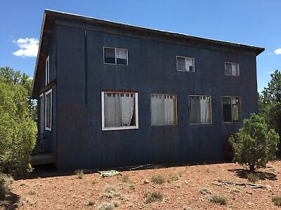 693ft HOUSE NEAR SHOW LOW, AZ WITH AWESOME VIEWS! - NO RESERVE!  CASH SALE!