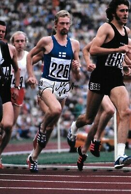 Peter Snell Crossing Finishing Line Winning Gold 1500m Tokyo Signed 10x8 Photo Other Olympic Memorabilia
