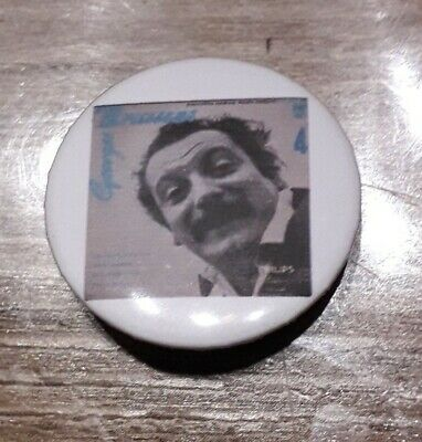 Badge 32mm brassens 1
