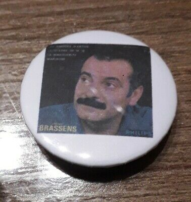 Badge 32mm brassens 22