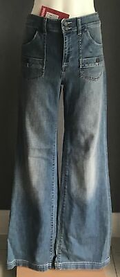 COUNTRY ROAD Vintage Blue Denim  High Waist Flare Leg Jeans Size 8 - NWT