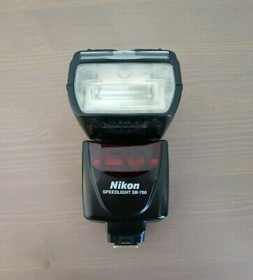 NIkon SB-700 Speedlight Flash Flashgun