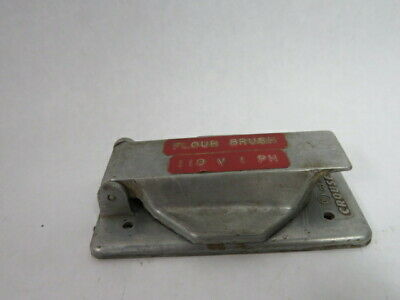 Crouse-Hinds DS-1020-G Single Gang Outlet Cover  USED