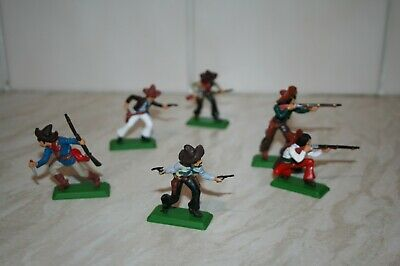Britains / DSG  Mexicans (Full Set)..NEW. MINT Plastic Bases.