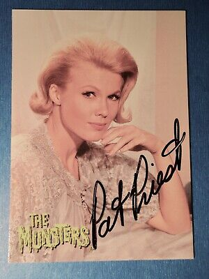 Dart 1997 The Munsters Pat Priest / Marilyn Munster A1 Autograph Card 2 x Signed