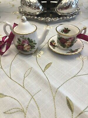 Rare Royal Albert Old Country Roses Teapot And Tea Cup With Saucer Ornament Set