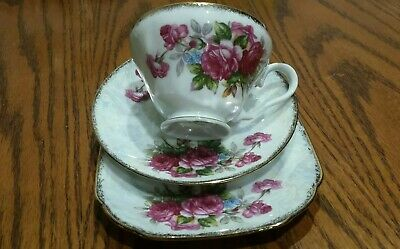 Vintage Cherryhina tea cups and saucers made in Japan