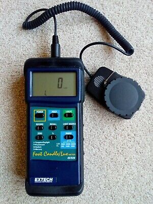 Extech 407026 Heavy Duty Light Meter with PC Interface Details
