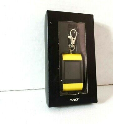 """NEW TAO Digital Photo Frame Keychain Yellow 2009 USB Cable included 1.5"""" Display"""