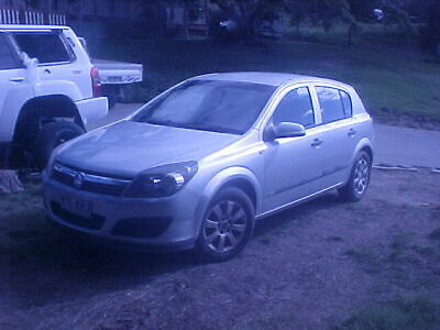 holden astra auto 2005 drives well