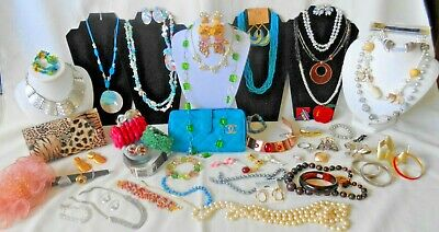 Stunning Bulk Estate Lot Vintage To Later Costume Jewellery & Accessories
