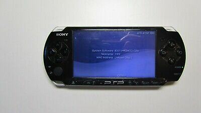 PSP Sony Playstation Portable 3000 Black 8 gb Charger