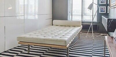 White Aniline Leather Barcelona Day Bed in the style of Miles van der Rohe