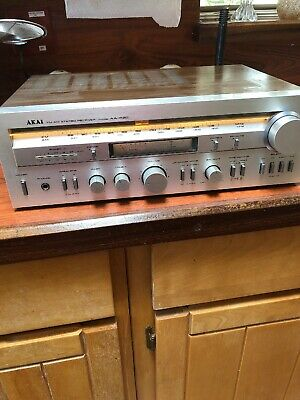 Akai FM/AM Stereo Receiver Model AA-R30 vintage audio amplifier Works Great!