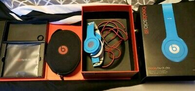 Beats by Dr. Dre Solo HD Wired On Ear headband Headphones Light Blue