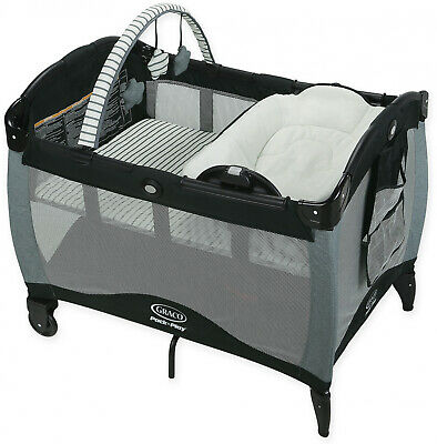 Graco Pack n Play Playard Reversible Napper and Changer LX in Holt