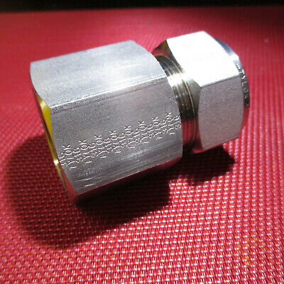 "Tylok® 1"" Tube OD x 1"" NPT Pipe Female CONNECTOR Straight 316 Stainless Steel"
