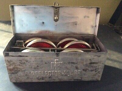 VINTAGE 1950's IH INTERNATIONAL HARVESTER FLARE / REFLECTOR BOX KIT