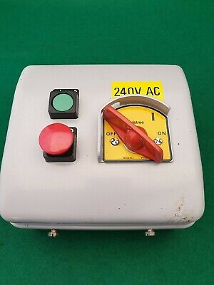 Crabtree Motor DOL Starter With Isolator 240 vac Coil  0.8 - 1.2 Amp Overload