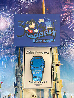Disney Hollywood Studios 30 Years 2019 Passholder Exclusive Magic Band MagicBand