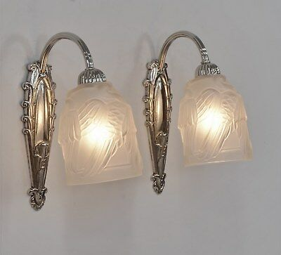 MOUYNET & NOVERDY : PAIR OF 1930 FRENCH ART DECO WALL SCONCES . lights lamp 1925