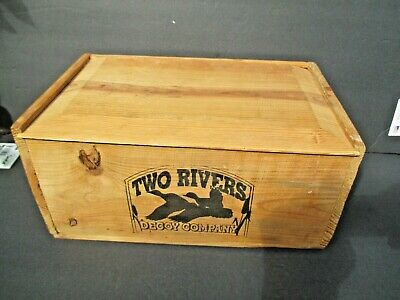 Two Rivers Duck Decoy Company Advertising Crate W/Slidig Lid 13x6x8   9061
