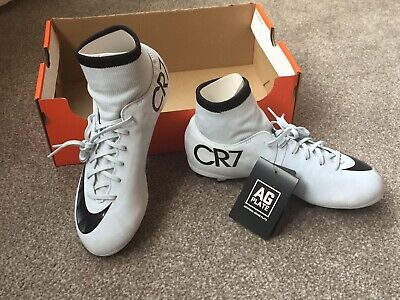 8c991dbc5 ... Soft Ground Studs Football Boots Size 2 Boys.
