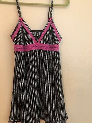 5e8253f3af9 XOXO Nightie White Black And Hot Pink Size Large Hearts Lace Trim