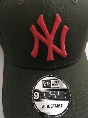 New Era MLB League Essential New York Yankees Olive Green 9FORTY Baseball Cap
