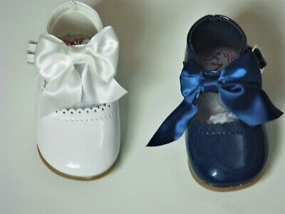 Baby Girl Hard Soled Spanish Shoes With Bow