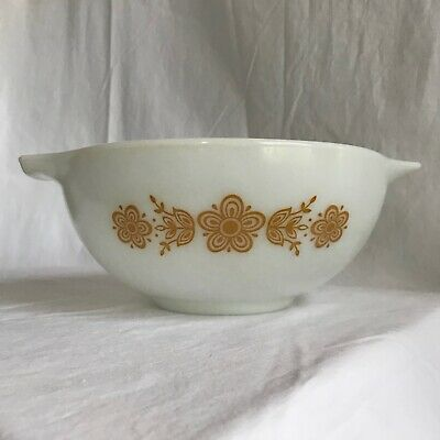 """VINTAGE PYREX """"Butterfly Gold"""" Opal Glass CINDERELLA Mixing/Stacking Bowl #443"""