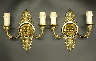 Pair Of Sconces Stamped Lion Heads Decor, Empire Style - Bronze - French Antique