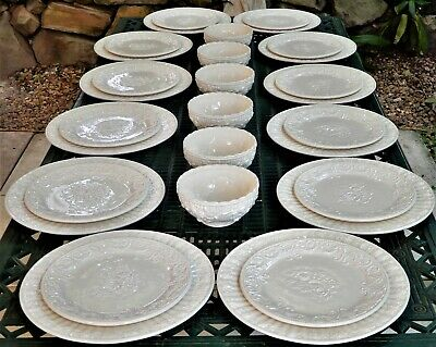 Royal Albert Old Country Roses buffet 30 piece Dinner ware service- 12 people