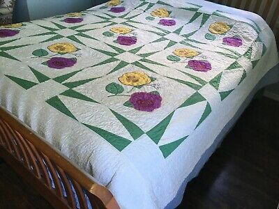 1930's Pansy Quilt, hand quilted and appliquéd, PRISTINE!